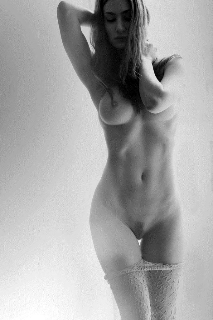 completely naked girl