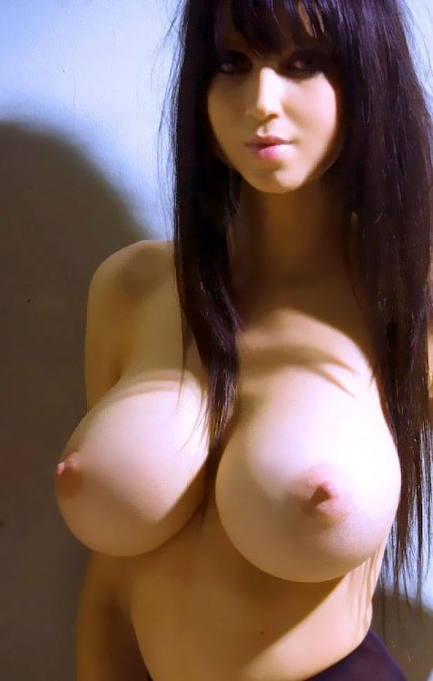 huge tits amateur mikado brunette girl