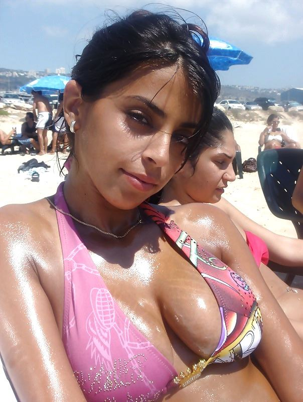 sexy indian girlfriend on the beach