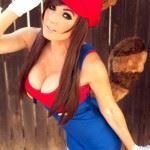 she-mario-cosplay