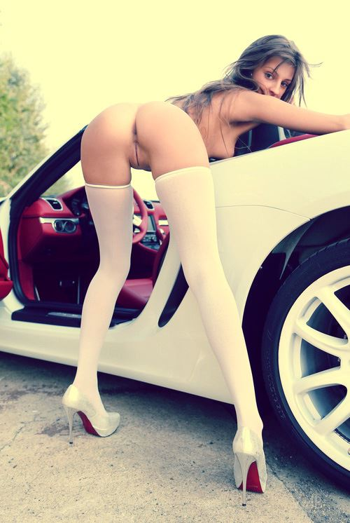 girls ass and sports car