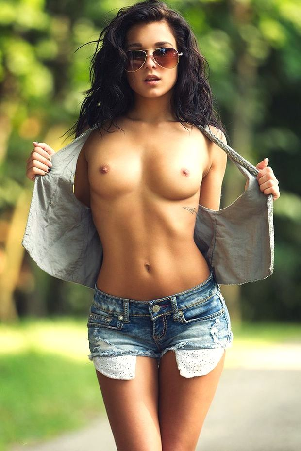 babe with glasses and naked tits