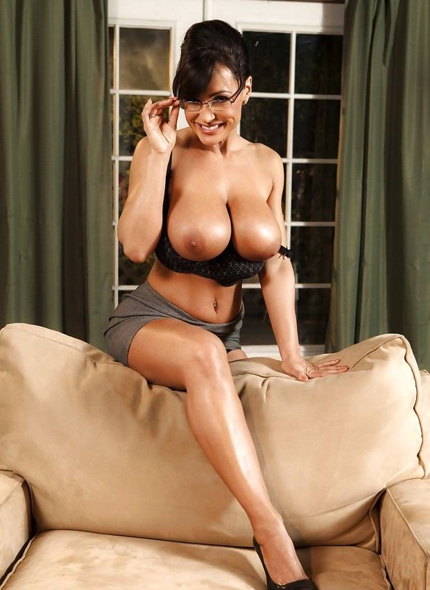 lisa ann naked big tits