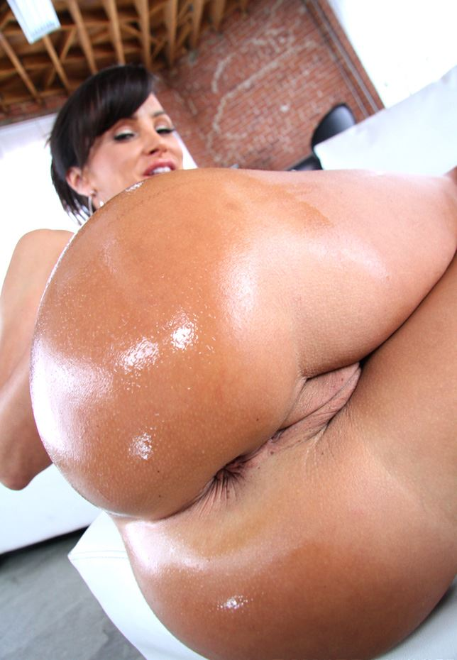 lisa ann big ass anal