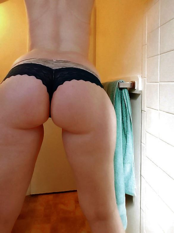 girl with round ass and wide hips in black thongs