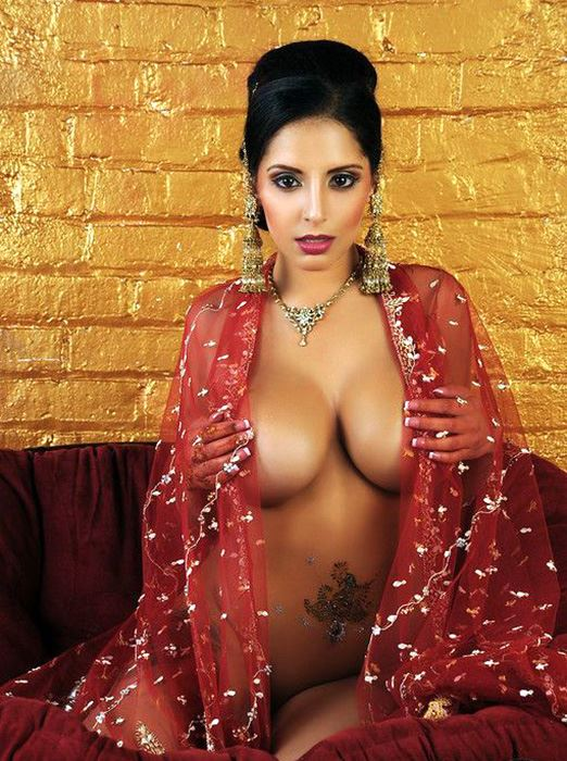 almost naked arabian beauty