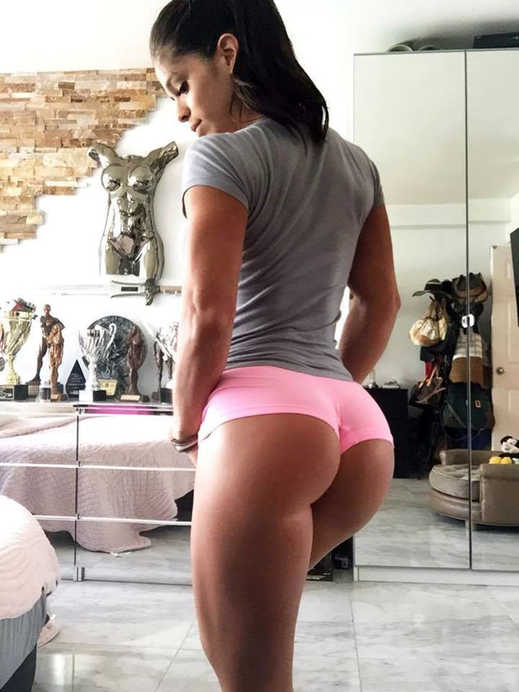 Michelle Lewin butt