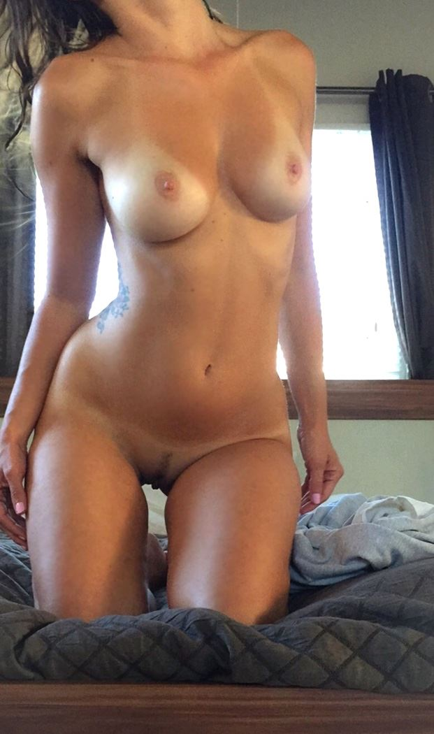 college girl perfect figure