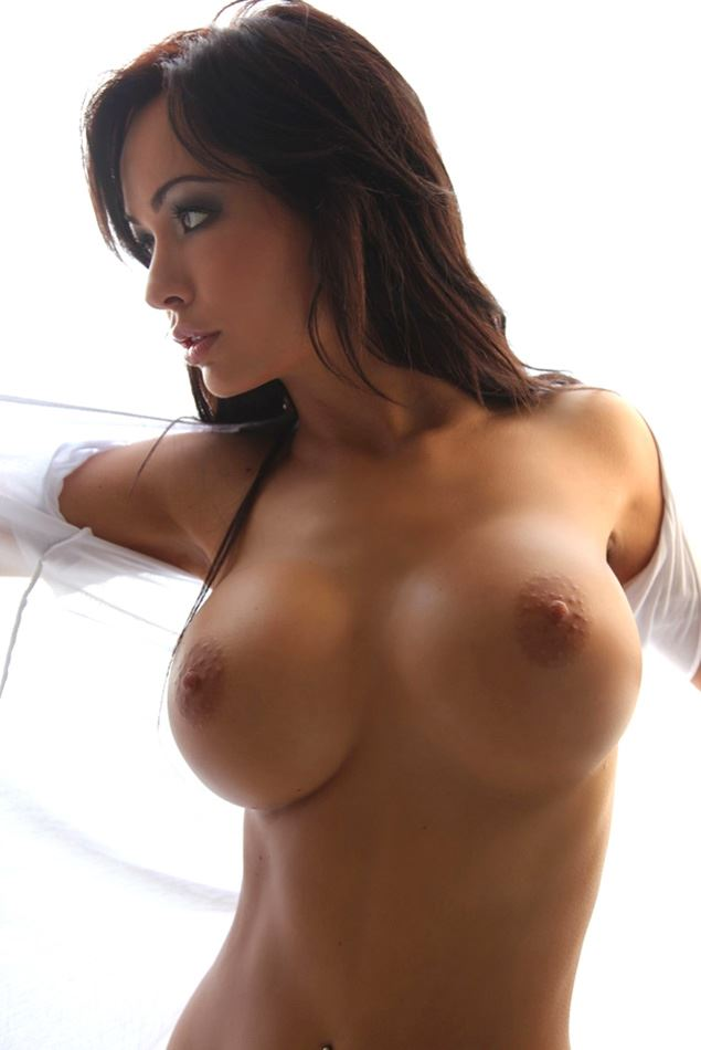 brunette and her titties