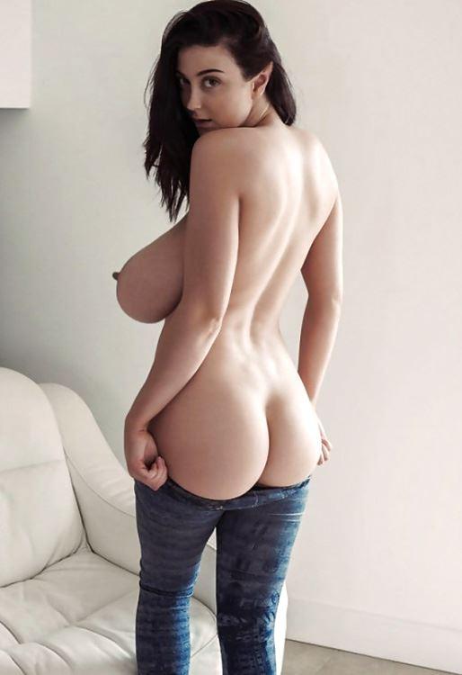 busty girl shows her ass