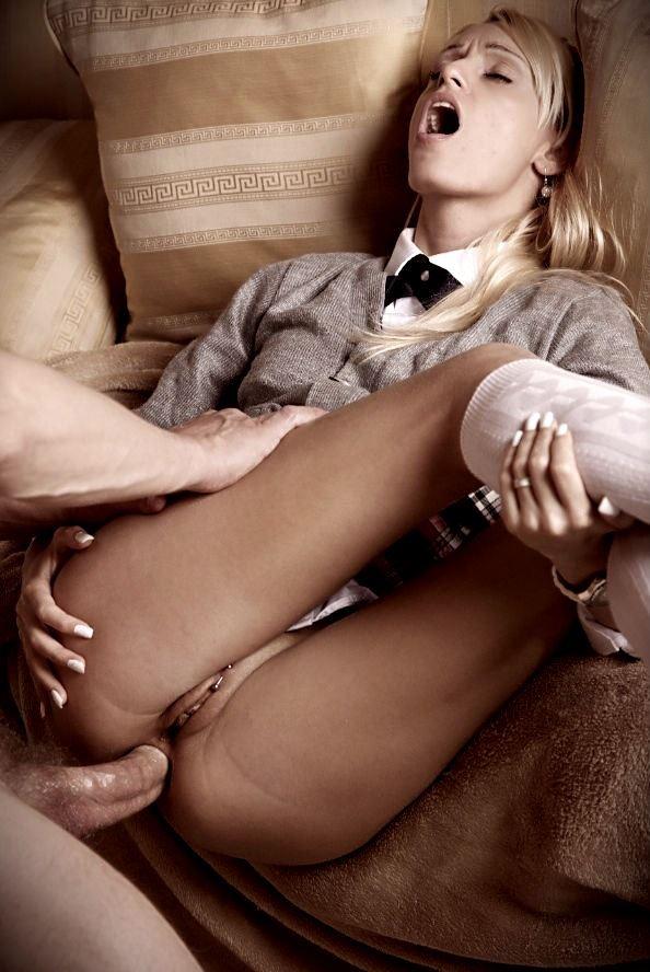 schoolgirl doing anal sex pic