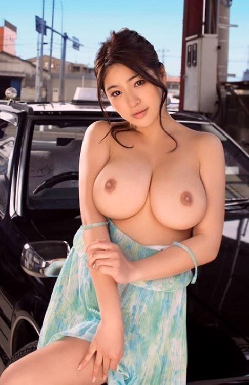 big tits japan girl pic
