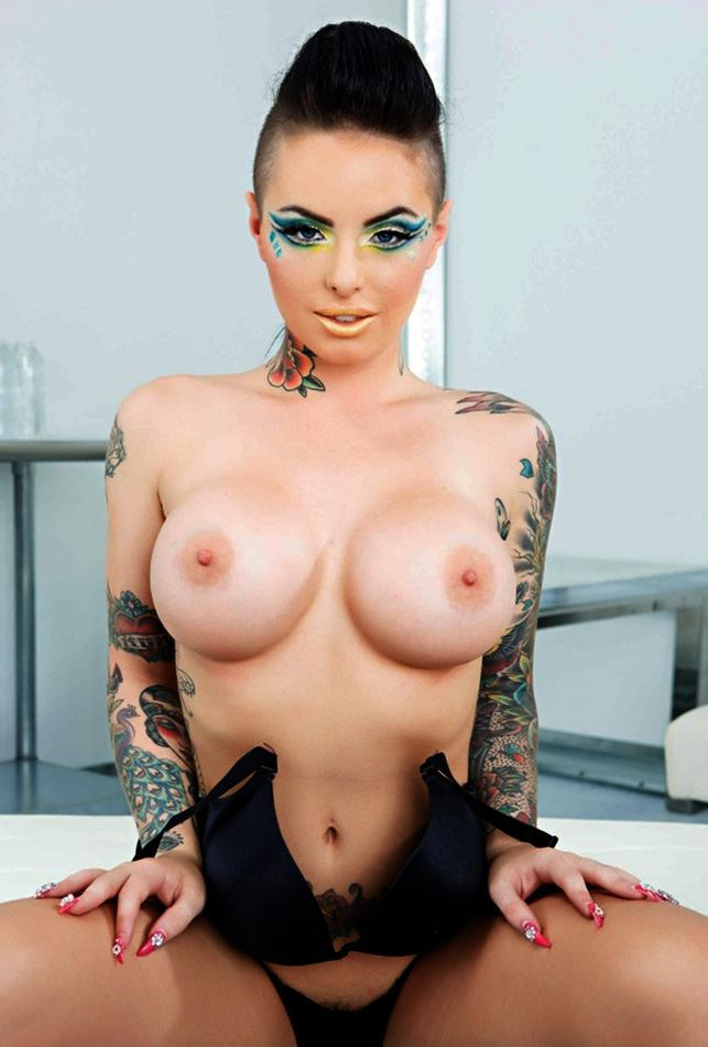 christy mack showing her beautiful tits