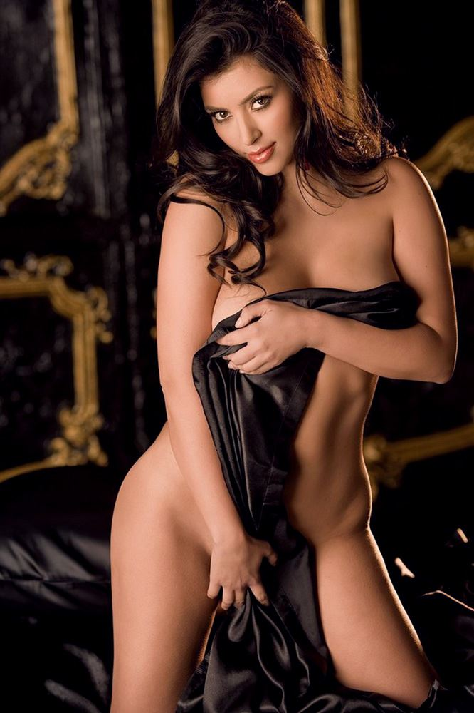 kim kardashian almost nude