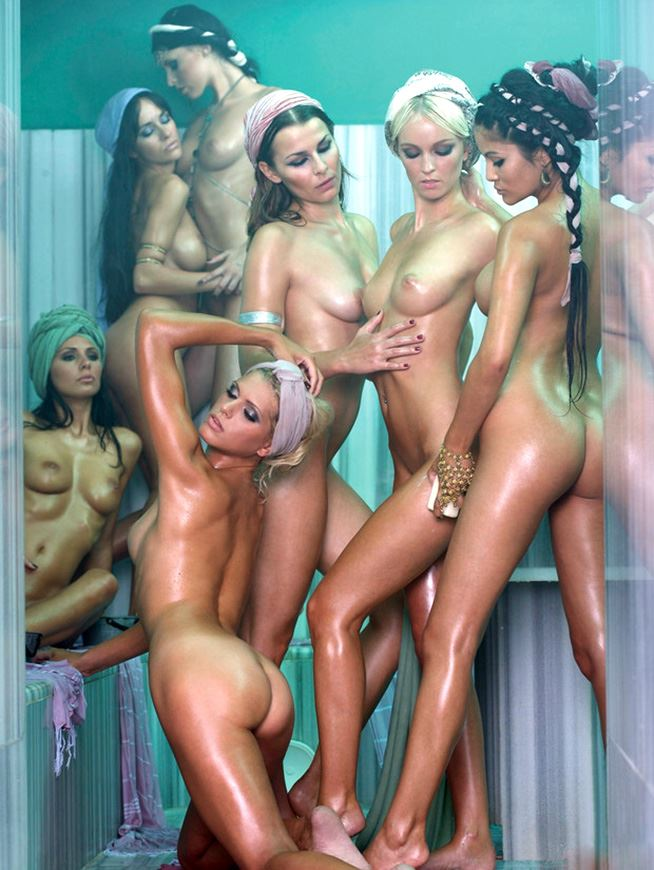 group of naked german lesbians
