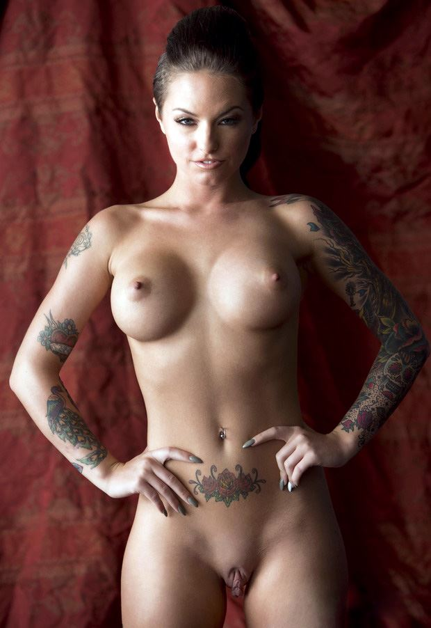 naked christy mack and her pussy