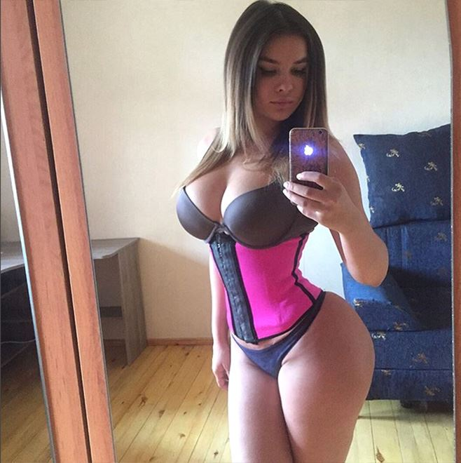 Anastasiya Kvitko corset