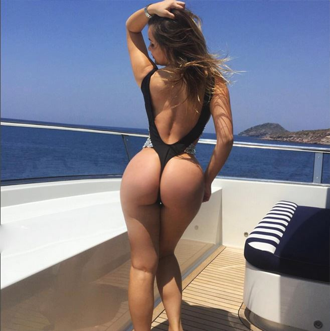 Anastasiya Kvitko big ass on boat