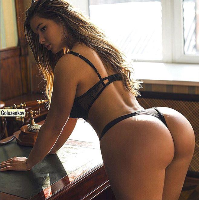 Anastasiya Kvitko booty from behind