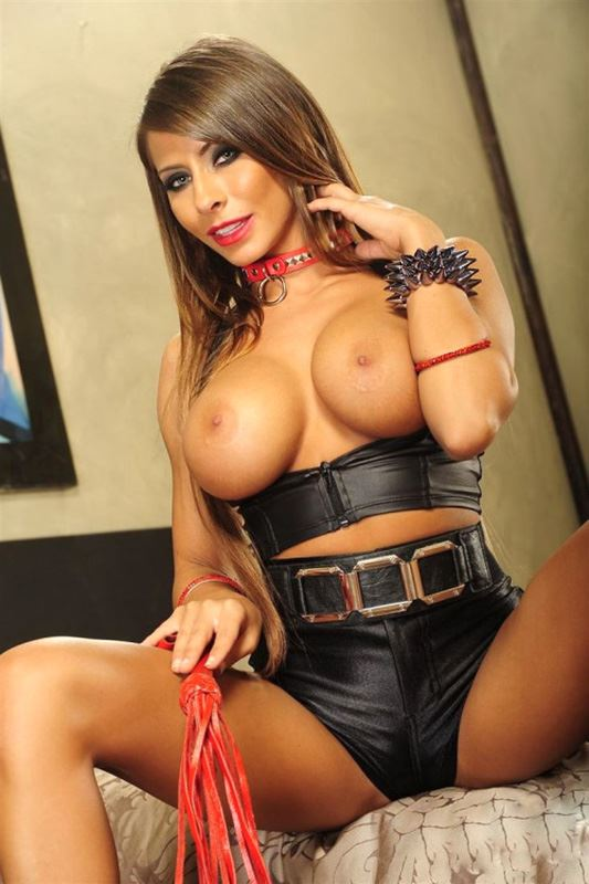 Madison Ivy domina