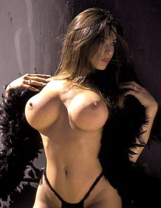 model milf with great boobs