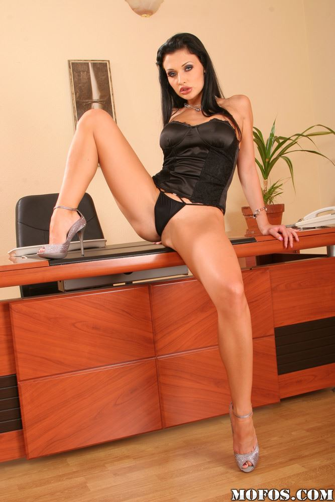 aletta ocean spread her legs in black panties