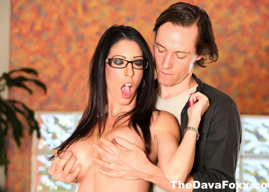 Gallery: Dava Foxx Getting Fucked in Hardcore Sex Orgy