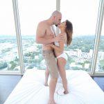 Lilith Shayton kissing