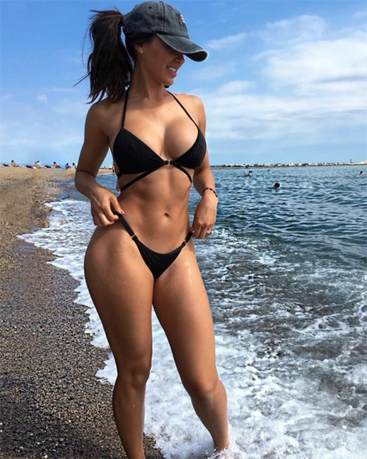 perfect fitness beach figure
