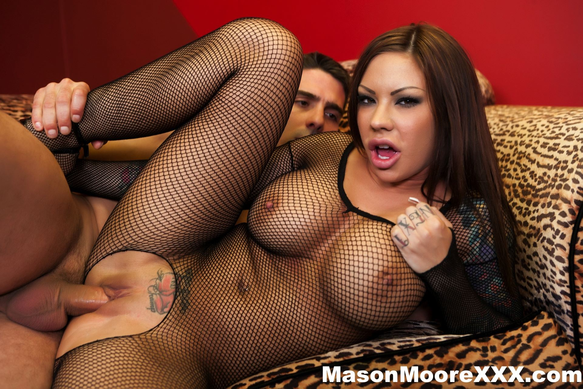 Gallery: Mason Moore gets anal fucked and cum in mouth