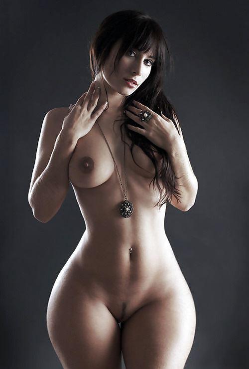 Супер широкие бедра порно, красивый секс с грудастой армянкой
