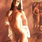 naked harem brunette
