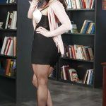 milf kendra lust undressing in library