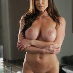 kendra lust completely naked