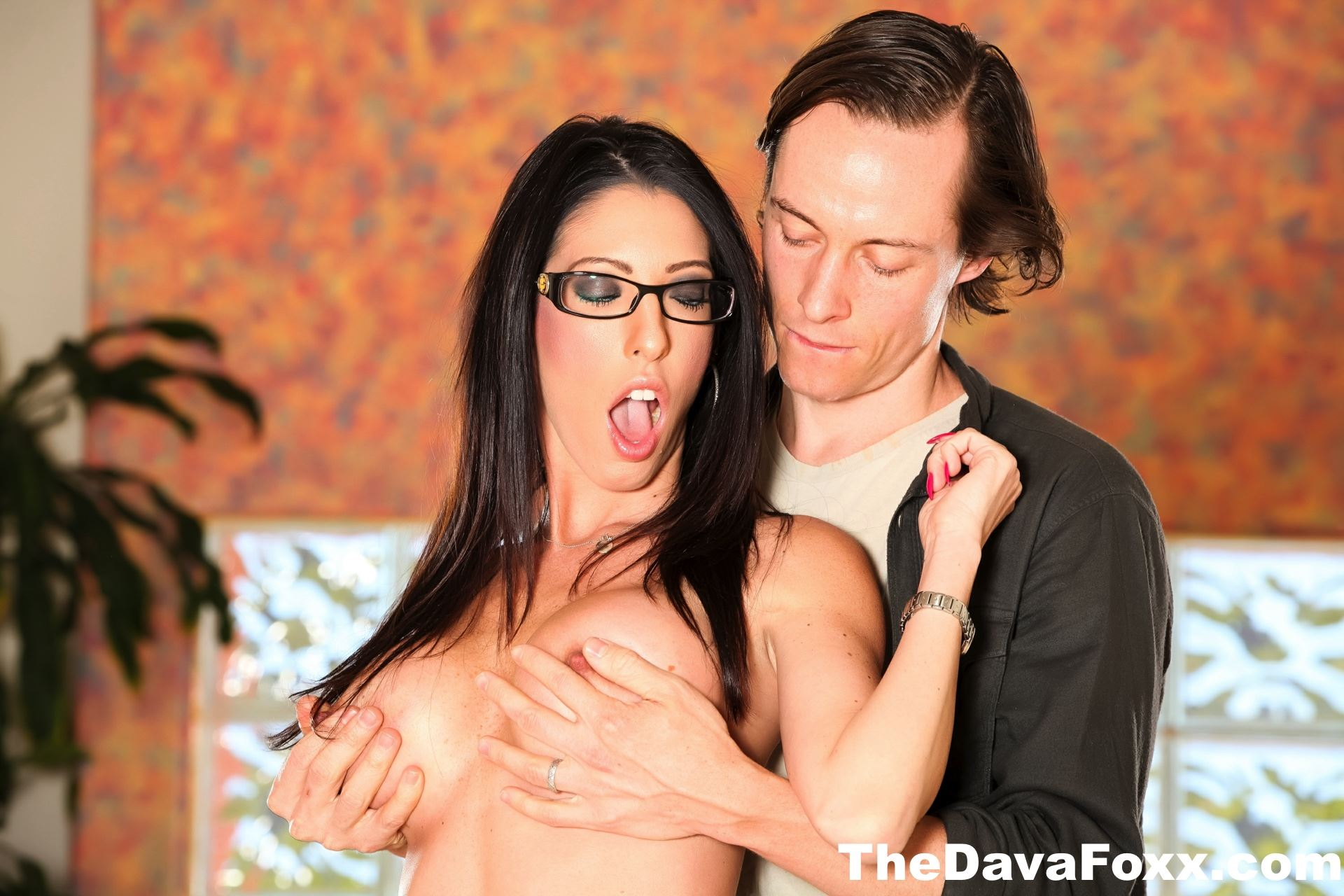 Gallery: Dava Foxx Getting Fucked in Hardcore Sex Orgy
