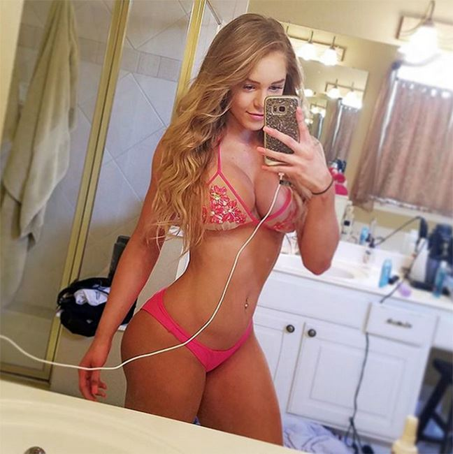 Nackt  Courtney Tailor Courtney Tailor