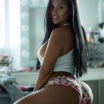 Dolly Castro huge ass in panties